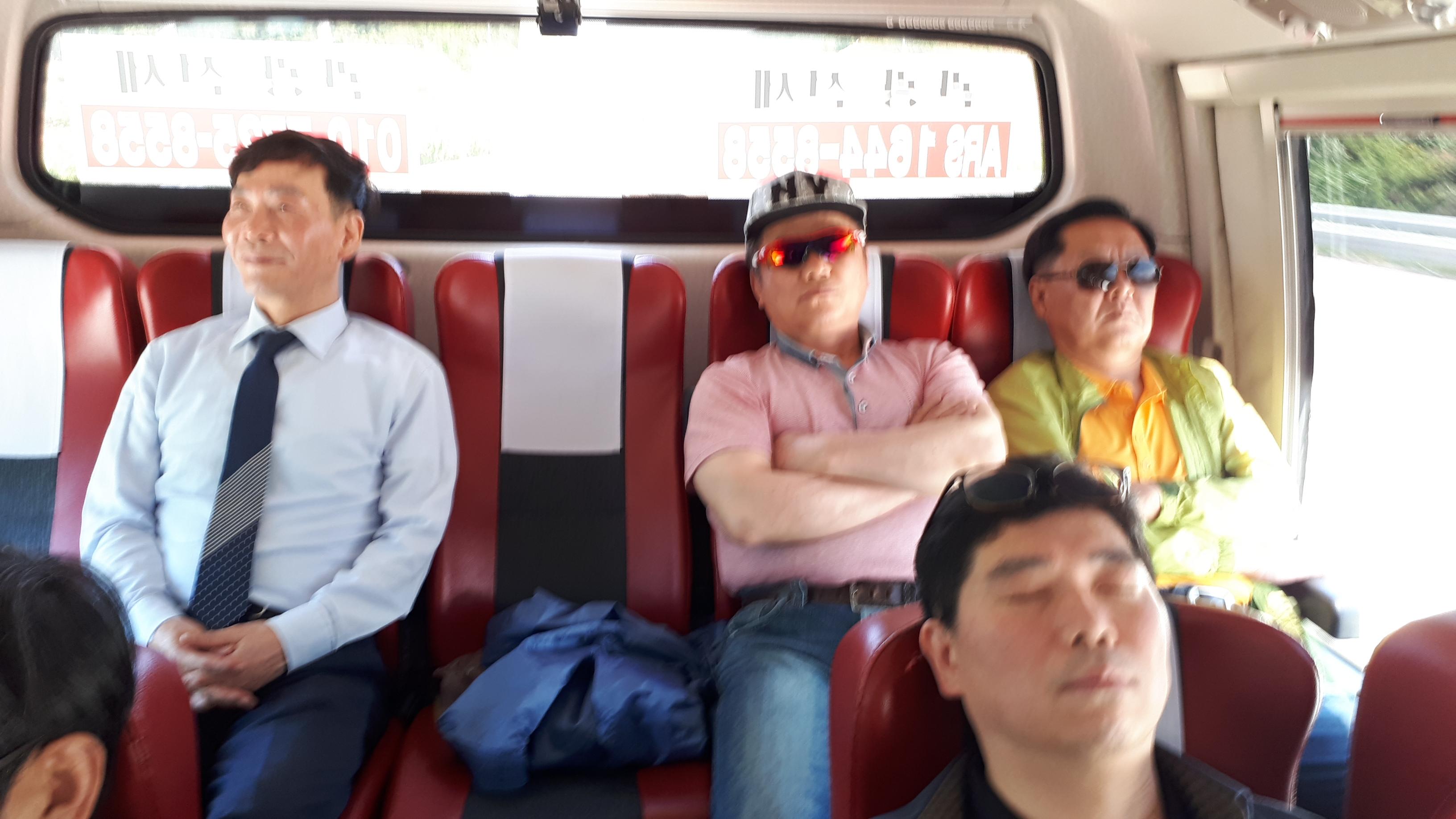 재경동문회버스-201.jpg