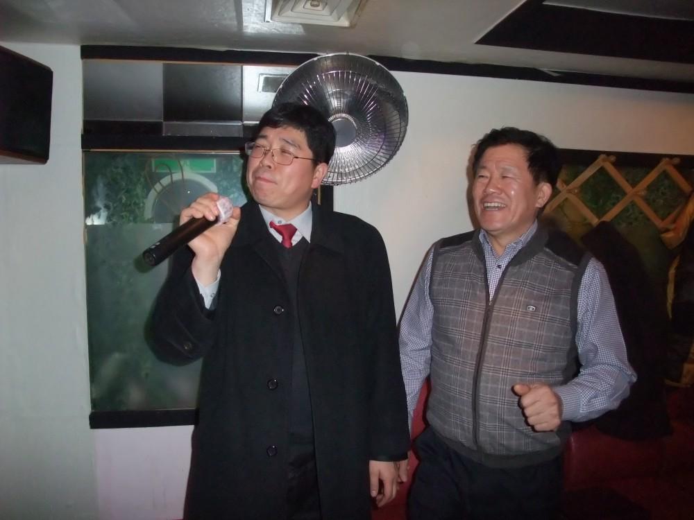 14-1222비룡합창단송년모임3-14.JPG